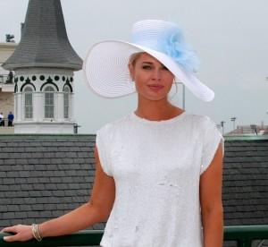 Rebecca_Romjin_wears_exclusiveGREY_GOOSE_Kentucky_Derby_hat_to_benefit_diabetes_research