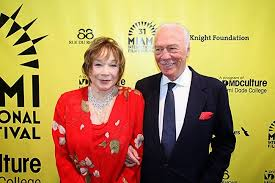 Shirley MacLaine and Christopher Plummer